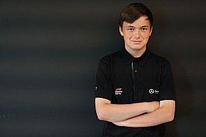 A Mercedes F1-es mérnökei is segítik az eSport-világbajnokot