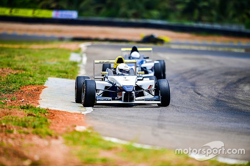 Coimatore JK Tyre: Datta wins Race 3 with last-lap move over Chatterjee