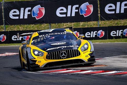Le Mercedes della AKKA-ASP dominano le qualifiche di Budapest con una doppia pole