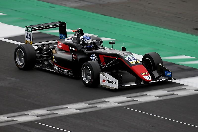 EK F3 Silverstone: Vips wint, dramaweekend Armstrong compleet
