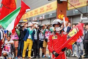 """Vettel ilyen boldog is volt a Ferrarinál: """"Grazie ragazzi"""" (videó)"""