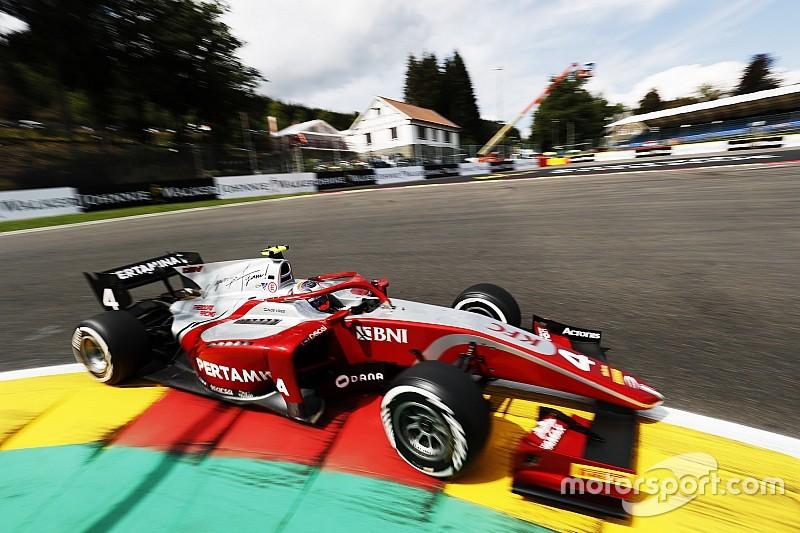 F2ベルギー・レース1|デ・フリース完勝! 福住、マシン炎上でリタイア