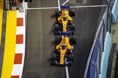 Alonso varázsolt Szingapúrban: legjobb a legjobbak mögött a McLarennel