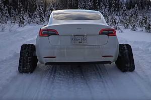 Nem igazán örült a lánctalpas Tesla Model 3 tulajdonosa, hogy érvénytelenítették a garanciáját