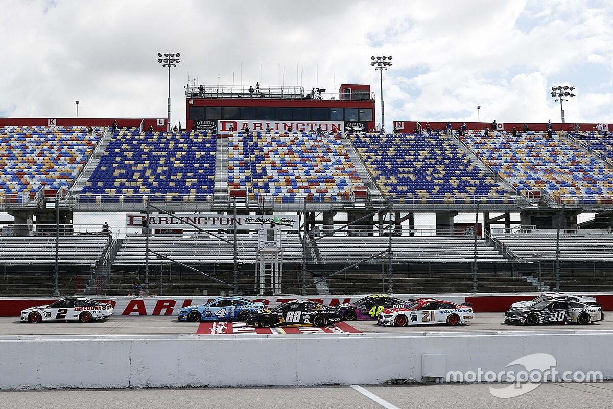 NASCAR saca rédito al ser el primero en volver
