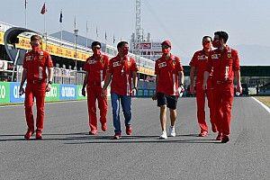 """Ghini: """"L'abbigliamento Ferrari è poco in stile con il marchio"""""""