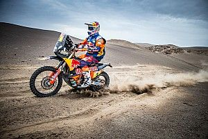 Dakar winner Price joins F1 driver parade at Australian GP
