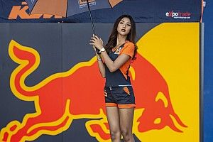 Fotogallery: ecco le grid girl del GP di Thailandia di MotoGP