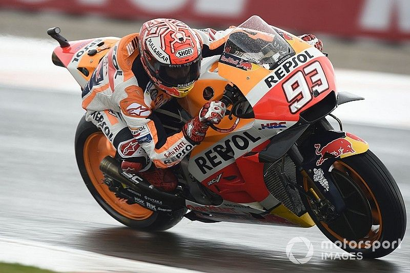 Valencia MotoGP: Marquez leads Espargaro in wet warm-up