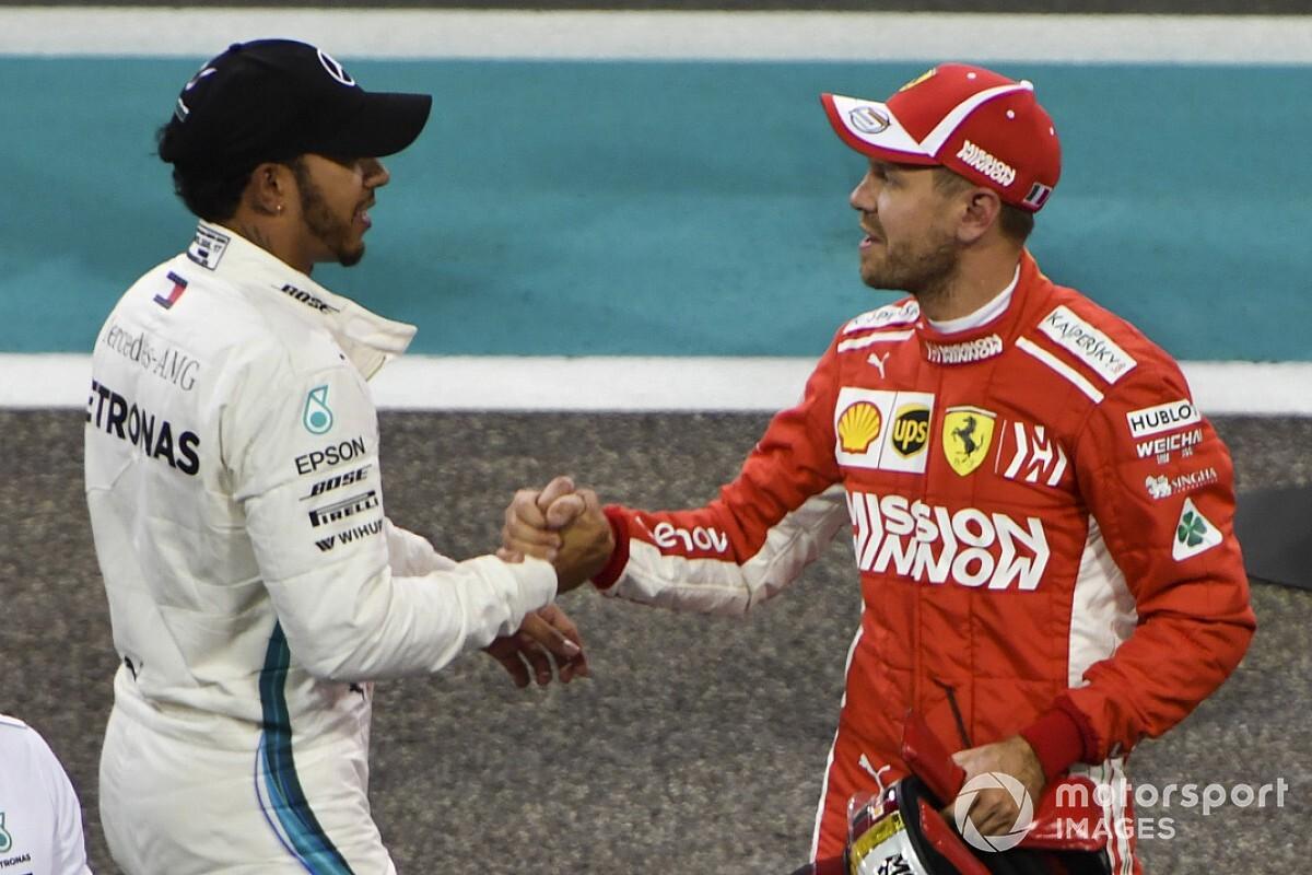 Как в футболе: Феттель и Хэмилтон обменялись шлемами после гонки в Абу-Даби