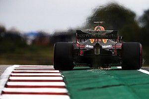 Advirtieron a Ricciardo evitar los bordillos que perjudicaron a Verstappen