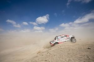 Al Attiyah acaricia su tercer Dakar: