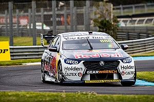 Sandown 500: Lowndes leads Brown in chaotic opener
