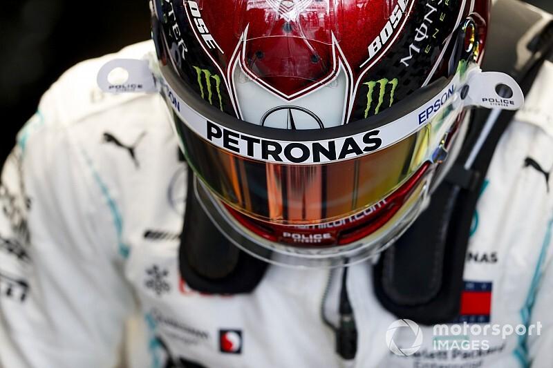 Hamilton-győzelemre számítanak a bukik a Brazil Nagydíjon