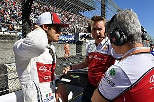 5 verseny, 3 pont, de nem pánikol az Alfa Romeo