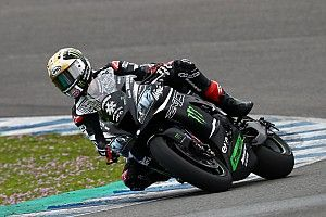 Rea ends Jerez test fastest as Lowes crashes