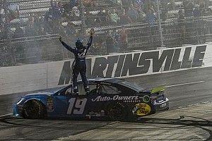 Truex Jr. dominiert Martinsville und löst NASCAR-Finalticket 2019