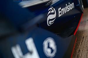 Formule E-baas Frijns doneert miljoenen mondkapjes tegen corona