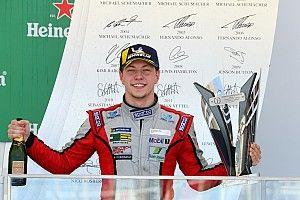Porsche Cup: Enzo Elias em busca de vitória na última etapa do ano