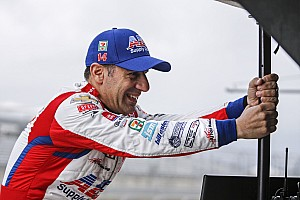 Kanaan vira nome de rua de Indianápolis a quase um mês para Indy 500