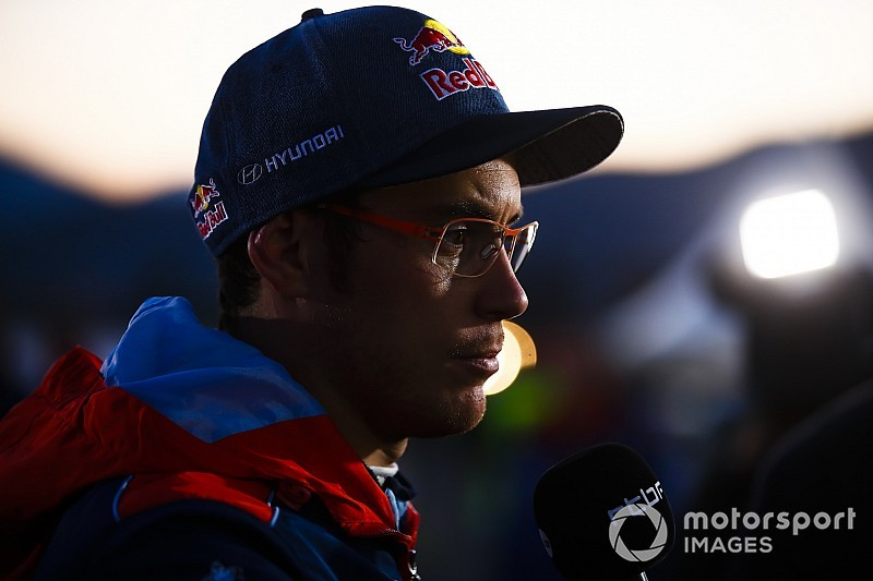 Hyundai feared Neuville had broken leg in vicious crash