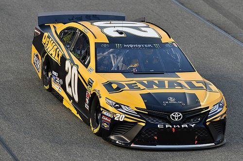 """Erik Jones: New contract with JGR not on """"forefront of my plate"""""""