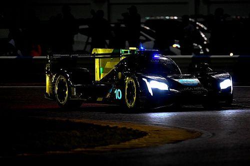 2019 Daytona 24 Saat, 17. Saat: Alonso yağmur altındaki müthiş stintiyle lider