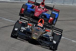 Schmidt considers three-car entry, endorses Honda