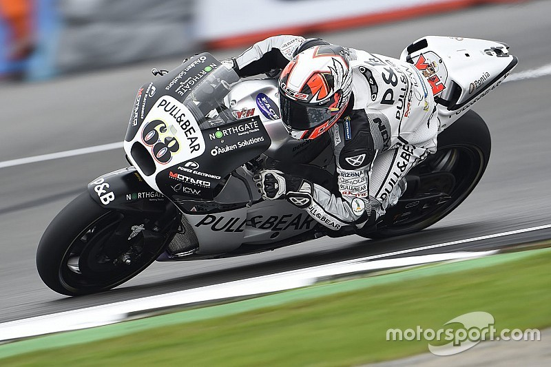 Silverstone MotoGP: Hernandez leads rain-affected warm-up