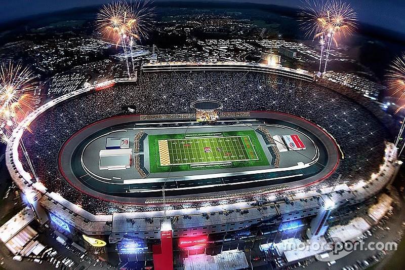 Квалификацию Гран При Канады покажут на старейшем футбольном стадионе США