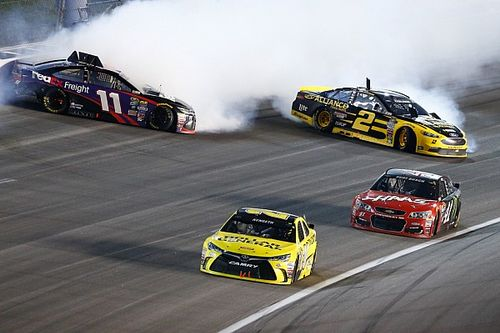 Kenseth finally shakes bad luck, earning his first top five of 2016