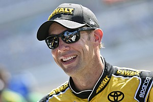 NASCAR Cup Race report Kenseth wins Stage 2 as multi-car wreck eliminates several contenders