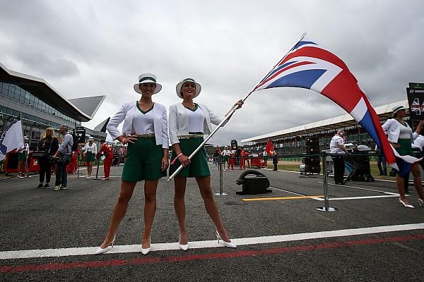 Fórmula 1 Grid Girls inglesas barbarizam GP da Grã-Bretanha