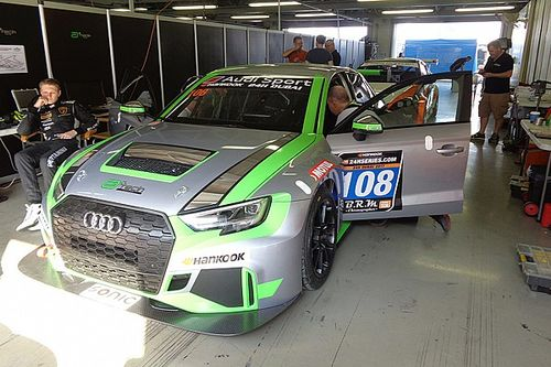Middle East, a Dubai il debutto dell'Audi RS 3 con James Kaye