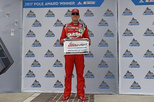 Kyle Busch se queda con la pole de la Brickyard 400