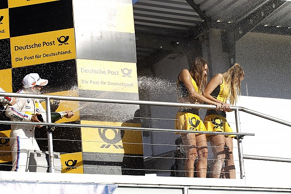 MotoGP Самое интересное От Японии до Германии. Самые красивые девушки гоночного уик-энда
