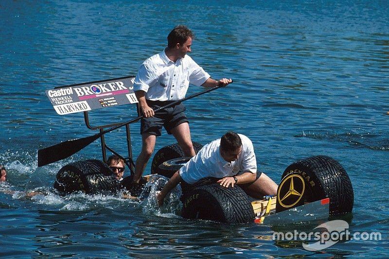 F1 ressuscita corrida aquática entre mecânicos em Montreal