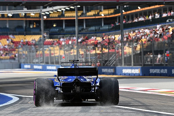 Ericsson set for grid penalty after FP3 crash