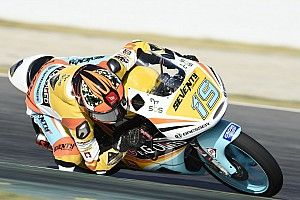 Rodrigo, primera pole tras caerse al inicio de la sesión