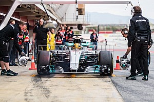 Mercedes planea un gran desarrollo en su coche para los segundos test