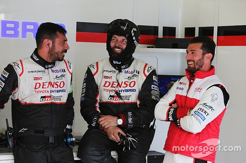 Vídeo: 'Pechito' López recibe el alta médica tras el accidente en Silverstone