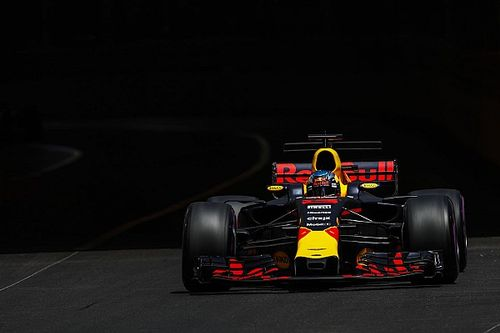 """ريكاردو: ريد بُل تسير في """"اتجاه أفضل"""" منذ سباق إسبانيا"""