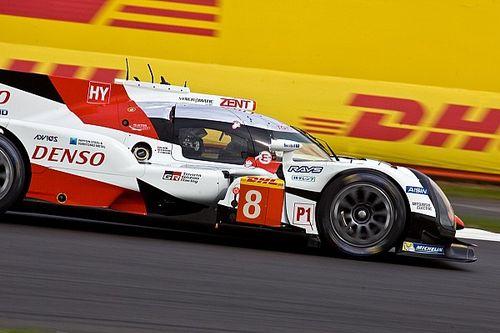 WEC Silverstone: Toyota klopt Porsche na hectisch straatgevecht