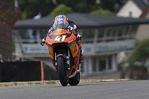 FP3 Moto2 Jerman: Binder teratas, Marquez masalah motor