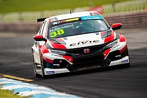 Sandown TCR: Girolami storms to debut pole