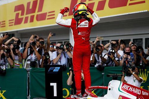Mick Schumacher: Die schönsten Jubelfotos nach erstem Formel-2-Sieg