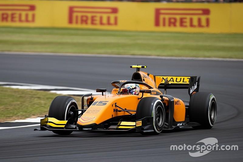 Silverstone F2: Aitken cesur geçişiyle kazandı