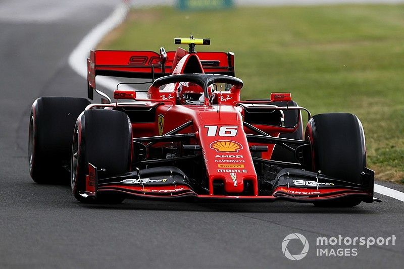 """Leclerc no longer """"intimidated"""" to adapt Ferrari to his style"""