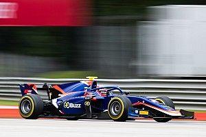 Мацушита победил в субботней гонке Формулы 2 в Монце