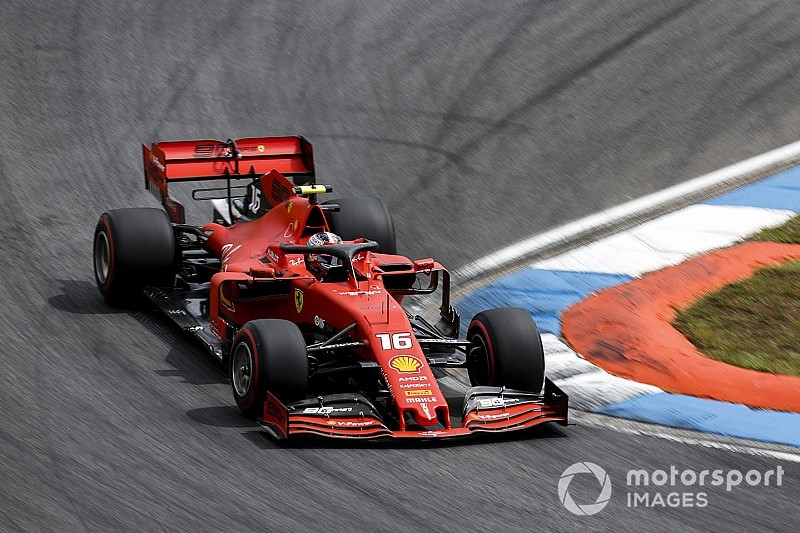 "Leclerc atribui 'abandono' a ""problema no sistema de combustível"""